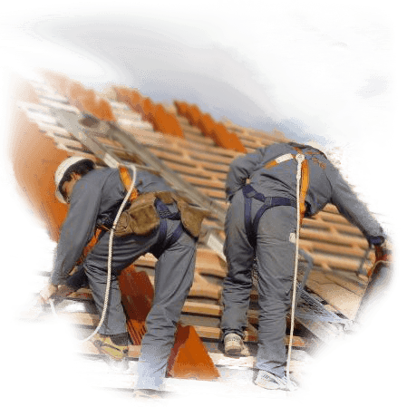 Specjalizujemy się nie tylko w sprzedaży pokryć i materiałów na dachy, ale równierz w montowaniu pokryć dachowych.